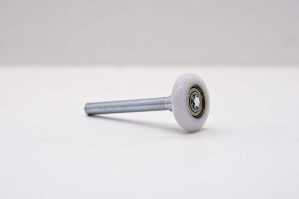 Laufrolle kurz aus verzinktem Stahl mit Kunststofflauffläche