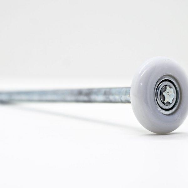 Laufrolle lang aus verzinktem Stahl mit Kunststofflauffläche